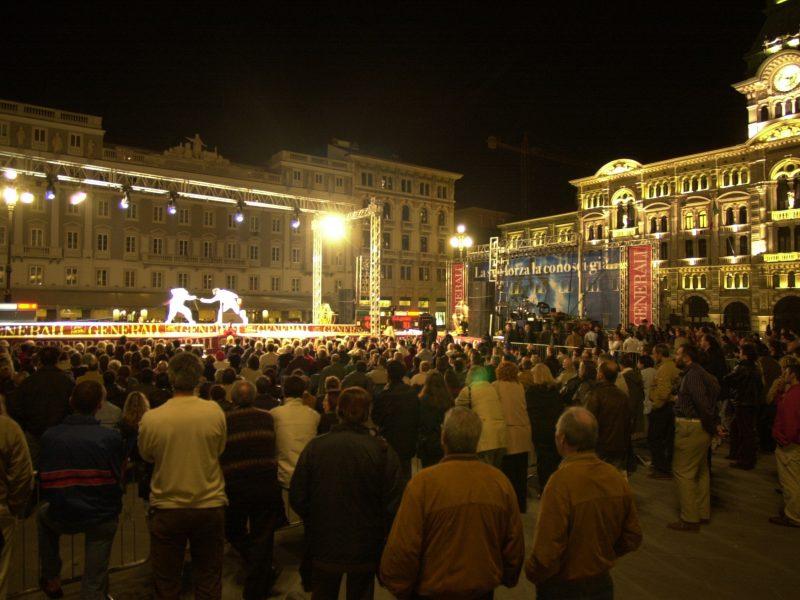 Studio Mark evento scherma Piazza Unità Trieste